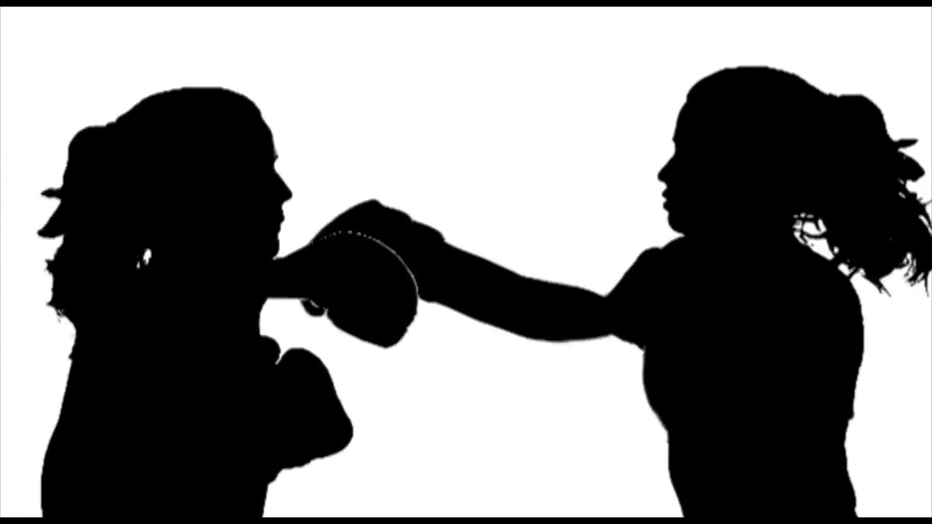 two-women-boxing-fight-silhouette_e16dghod__F0001